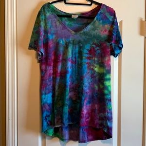 Absolutely gorgeous custom tie-dye LuLaRoe Christy